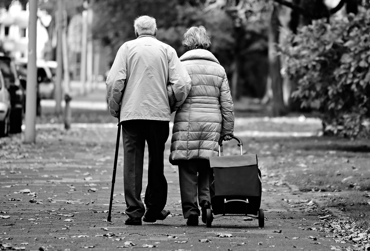 Depistarea problemelor de mers la persoanele cu scleroză multiplă cu ajutorul inteligenței artificiale