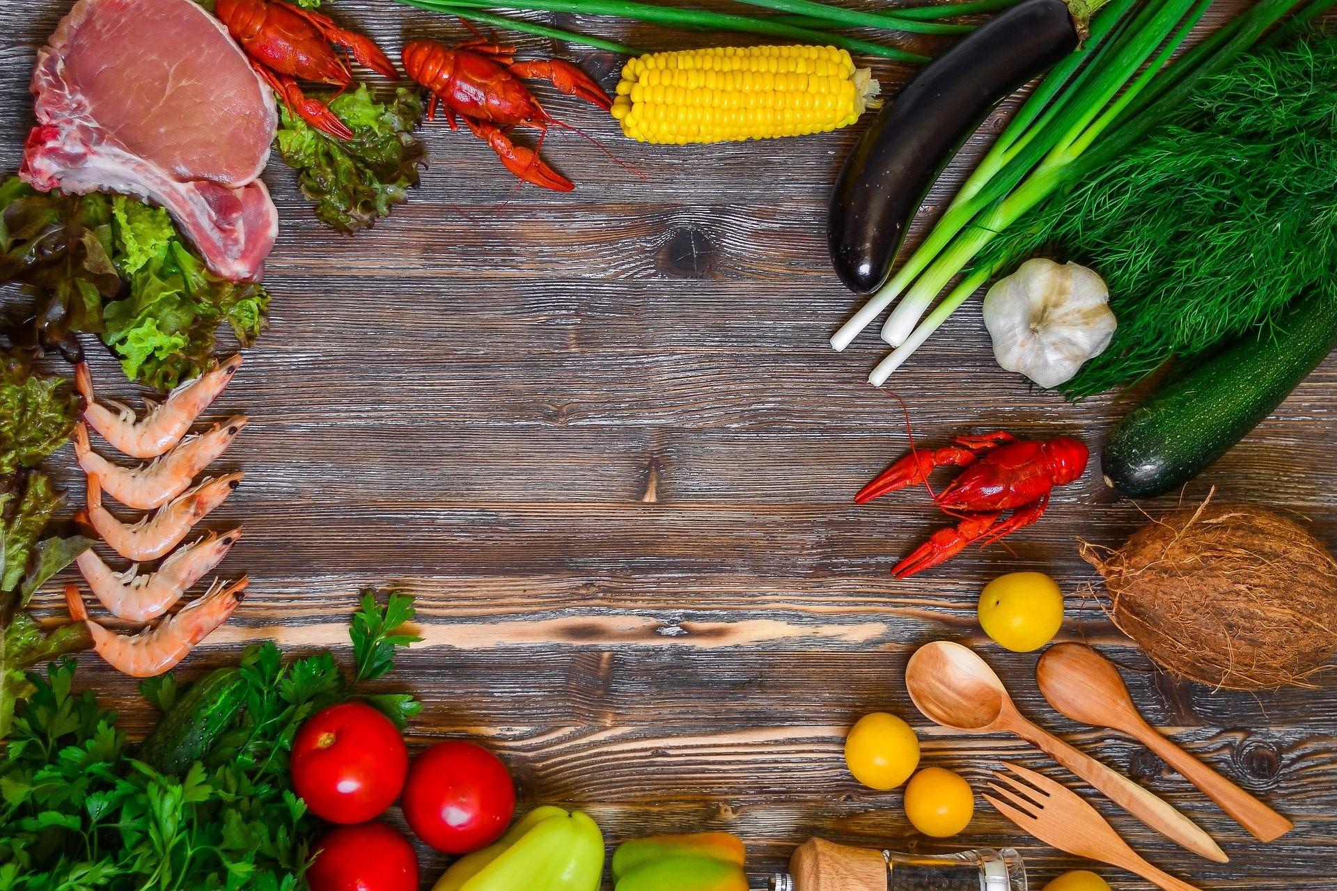Sfaturi alimentare pentru scleroza multiplă (SM): alimente de mâncat și alimente de evitat